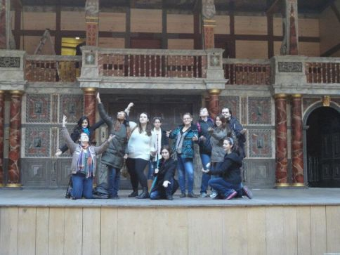 SUNY students on the Globe stage